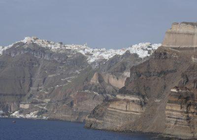 Die Insel Santorin mit Fira