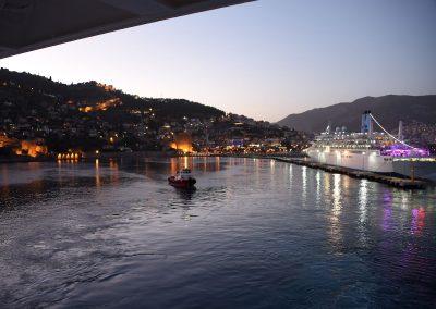 Ein Blick zurück in den Hafen von Alanya